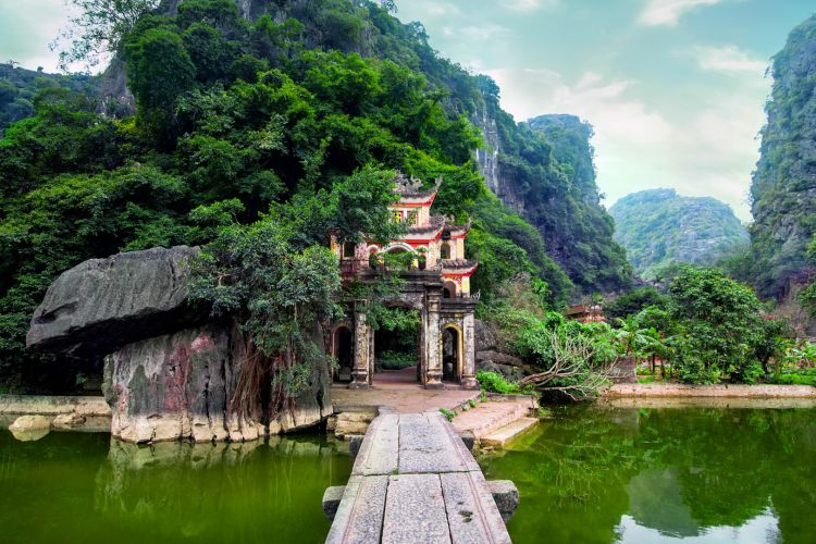 From Ancient Capitals To The Heart Of Vietnam - 11 Days