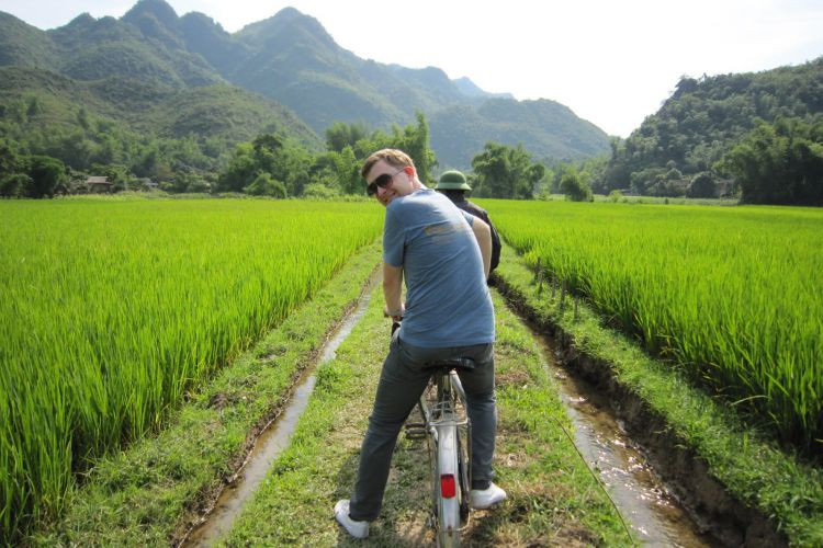 Mai Chau To Tonkin Gulf - 6 Days