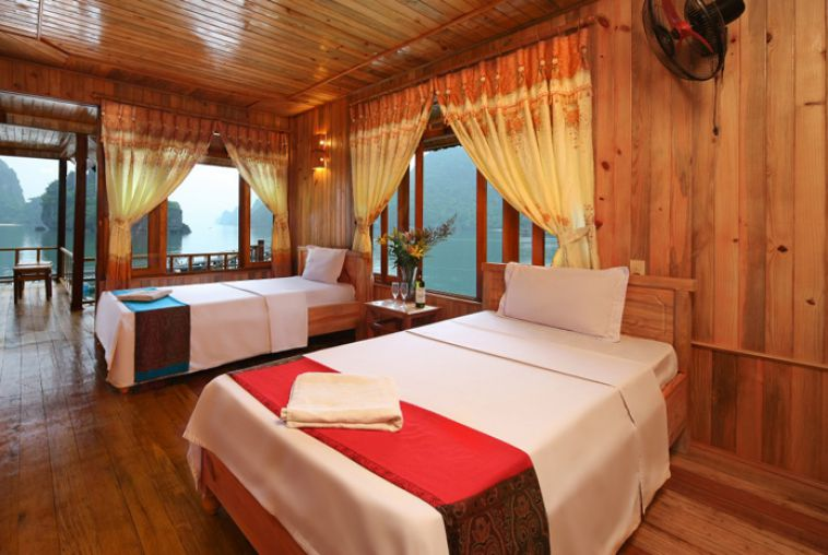 Twin bed Seaview Bungalow